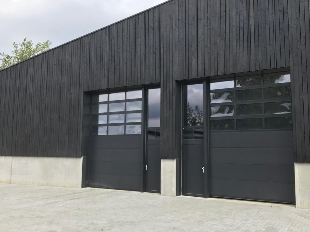 Vertical Siberian Larch Black Charred-Burnt-Scorched-Cladding Exterior Wood Cladding