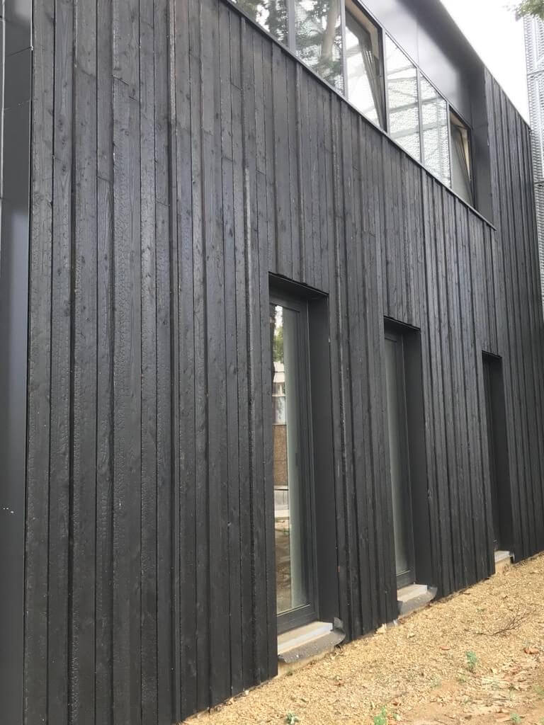 Charred-Burnt-Scorched-Cladding Vertical Larch Cladding